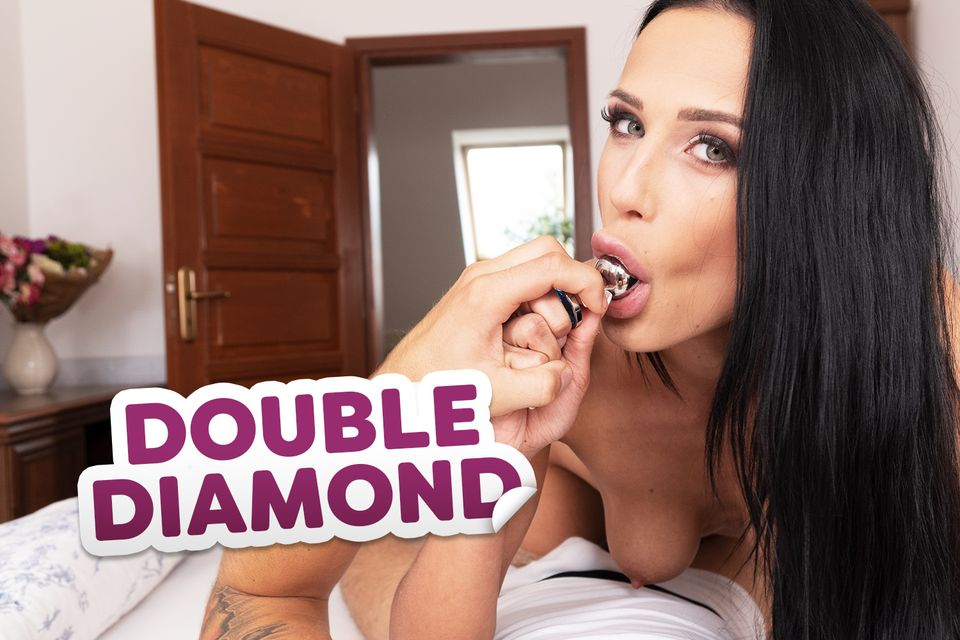 Double Diamond with Nicole Love – 18VR