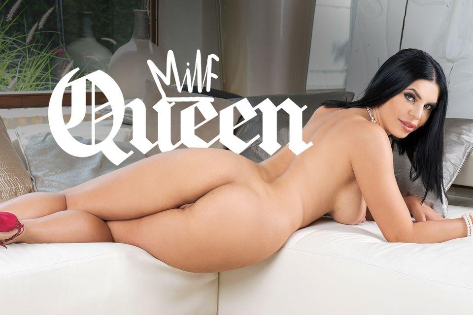 The MILF Queen with Kira Queen – BaDoinkVR